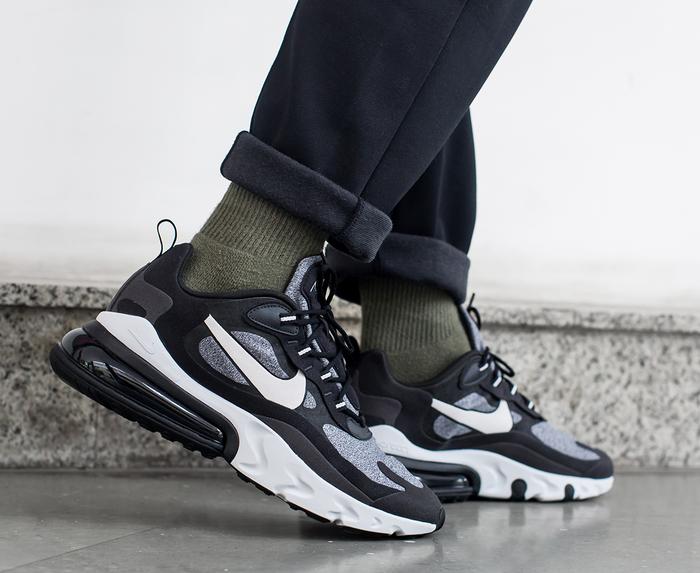 Nike - AIR MAX 270 REACT 'BLACK/VAST