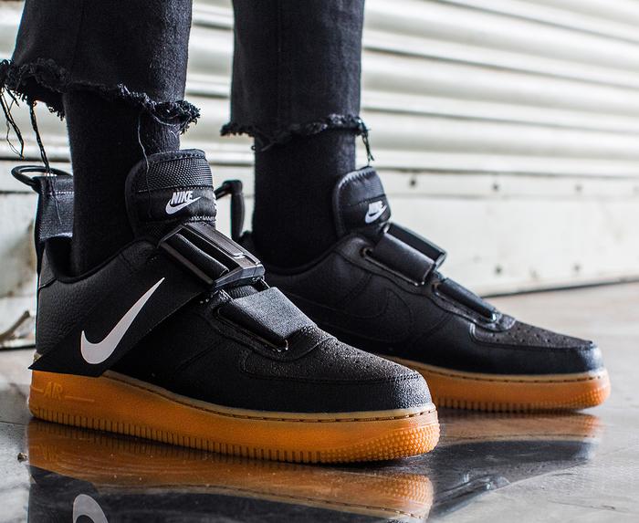 Nike - AIR FORCE 1 UTILITY 'BLACK/WHITE